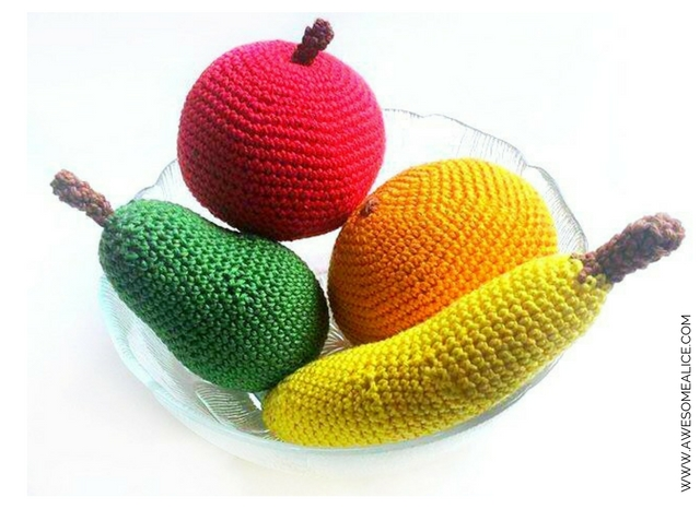 Don't you just love fruit? Crochet fruit might not taste delicious. But instead, it can be used as decoration or be given to your kids for playing with. This pattern is one of four available fruit patterns on this blog: Apple, Pear, and Banana. Click here to get to the pattern!