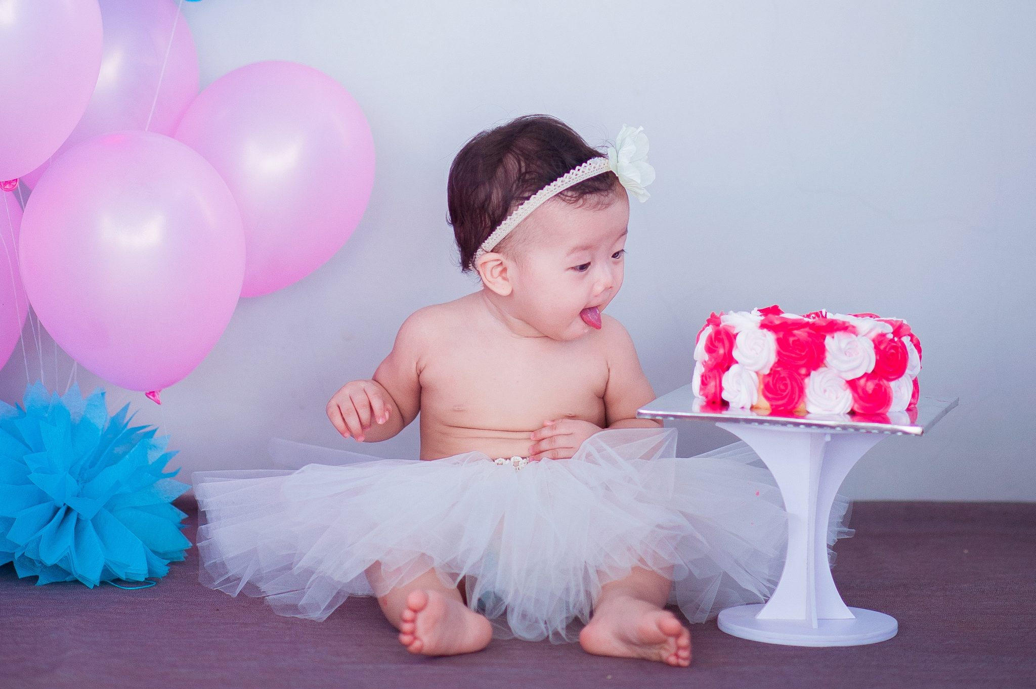 17 cute and easy photo ideas for your babys first year document your babys monthly milestones