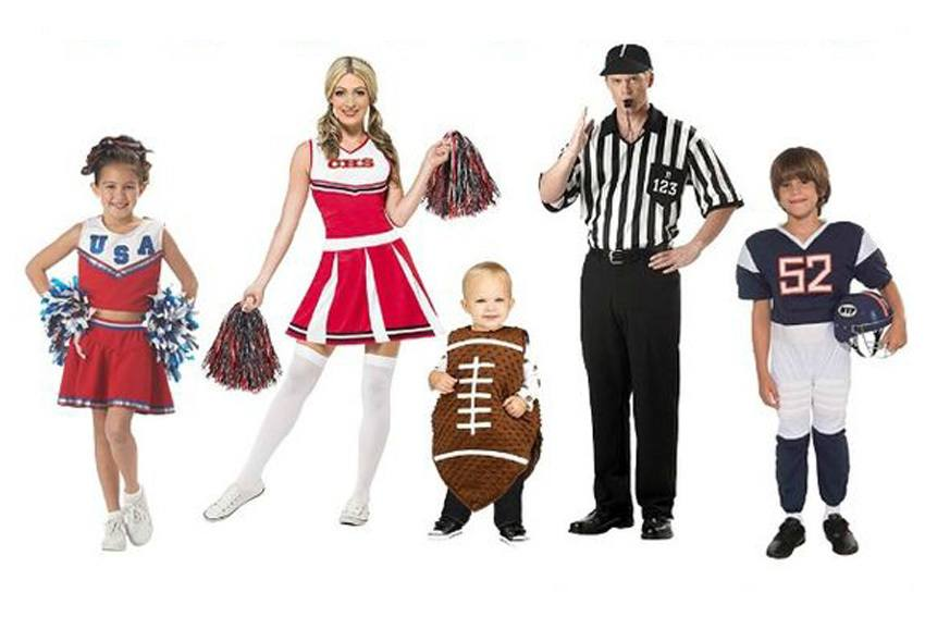 Fun And Unique Family Matching Costume Ideas For Halloween!