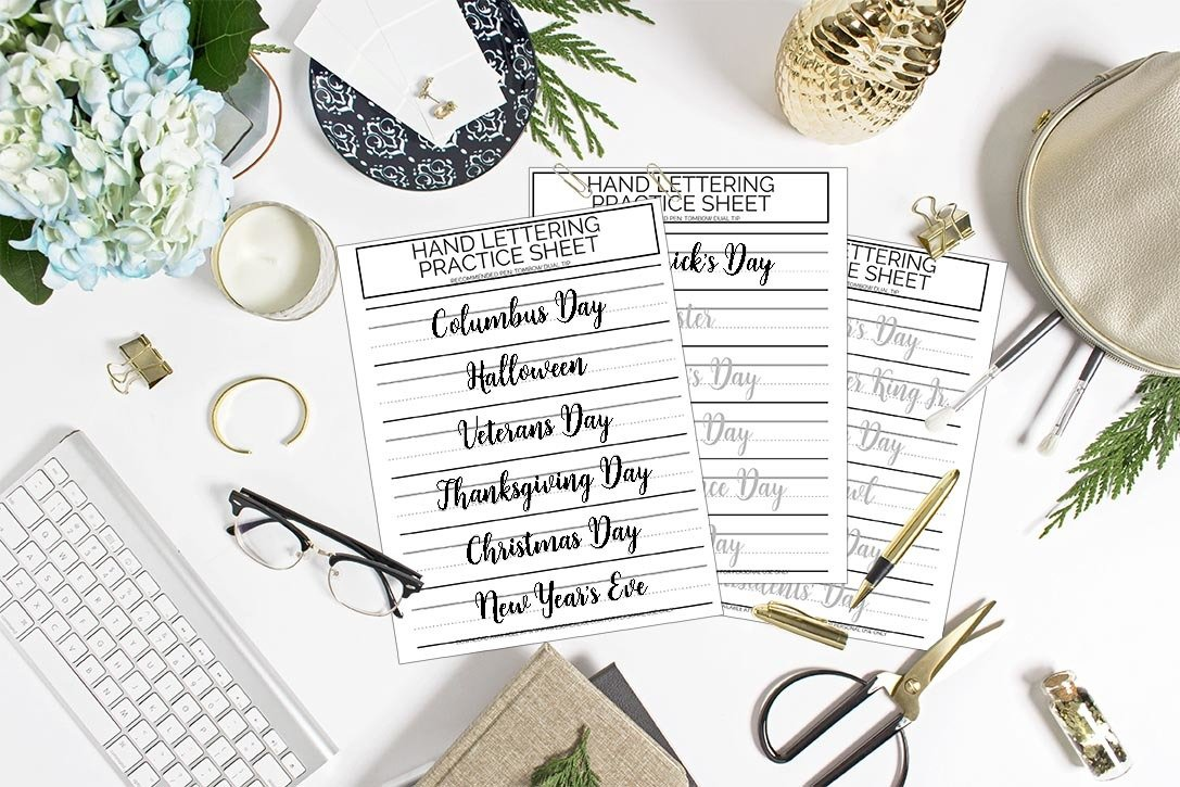 Holidays Brush Lettering Worksheets. A trio of hand lettering practice sheets for use with your Tombow Dual Tip. Improve your lettering by practicing every day. #holidays #christmas #handlettering #brushlettering #creativeart #moderncalligraphy www.awesomealice.com